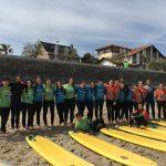 Practicando surf en Hendaya